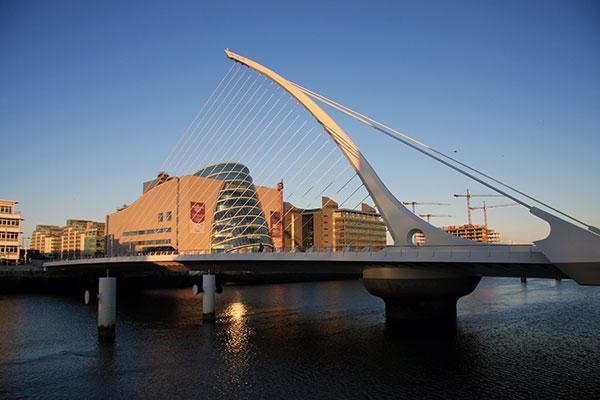 Samuel Beckett Brücke und Dublin Convention Centre