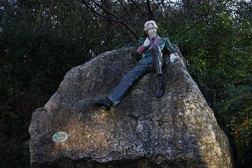 Oscar Wilde Statue in Dubin